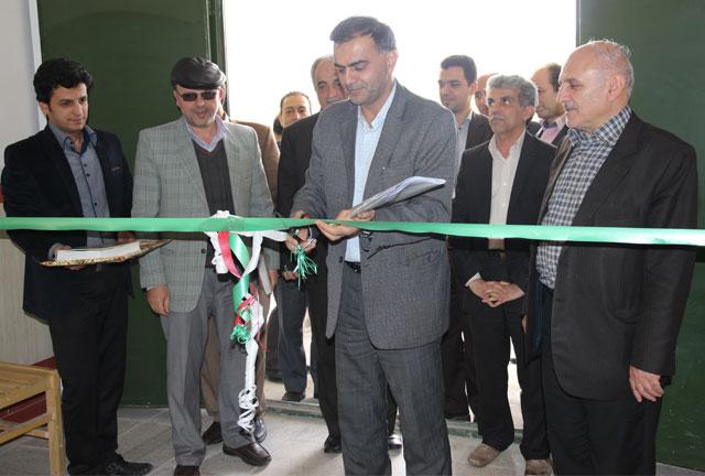 افتتاح و بهرهبرداری از آزمایشگاه فشارقوی با حمایت شرکت برق منطقهای یزد در دانشگاه يزد