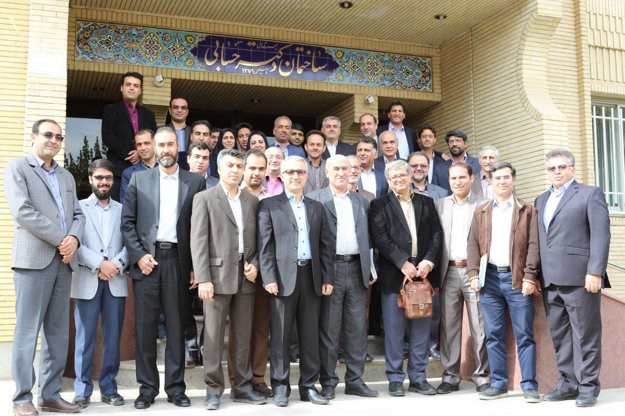 حضور شرکت برق منطقهای یزد در اولین جلسه دفاتر خدمات مشترکین برقهای منطقهای کشور