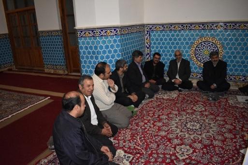 برگزاری نشست حلقه صالحین در مصلای نماز جمعه با حضور نماینده یزد و اشکذر در مجلس