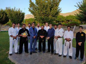 برگزاری جلسه آموزش دفاع شخصی کارکنان حراست برق منطقهای یزد