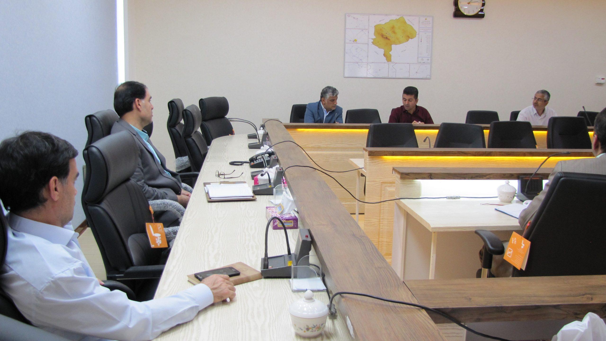 برگزاری جلسه کمیته پیگیری طرحهای برق منطقهای یزد