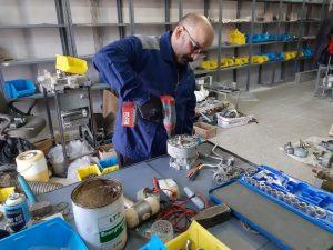 ساخت قطعات کمیاب مورد نیاز شرکت برق منطقهای یزد با رویکرد اقتصاد مقاومتی