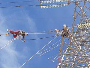 اصلاح و بهینه سازی زنجیره مقره خطوط ۲۳۰ کیلوولت یزد ۲- ۲۳۰ شمال برق منطقهای یزد