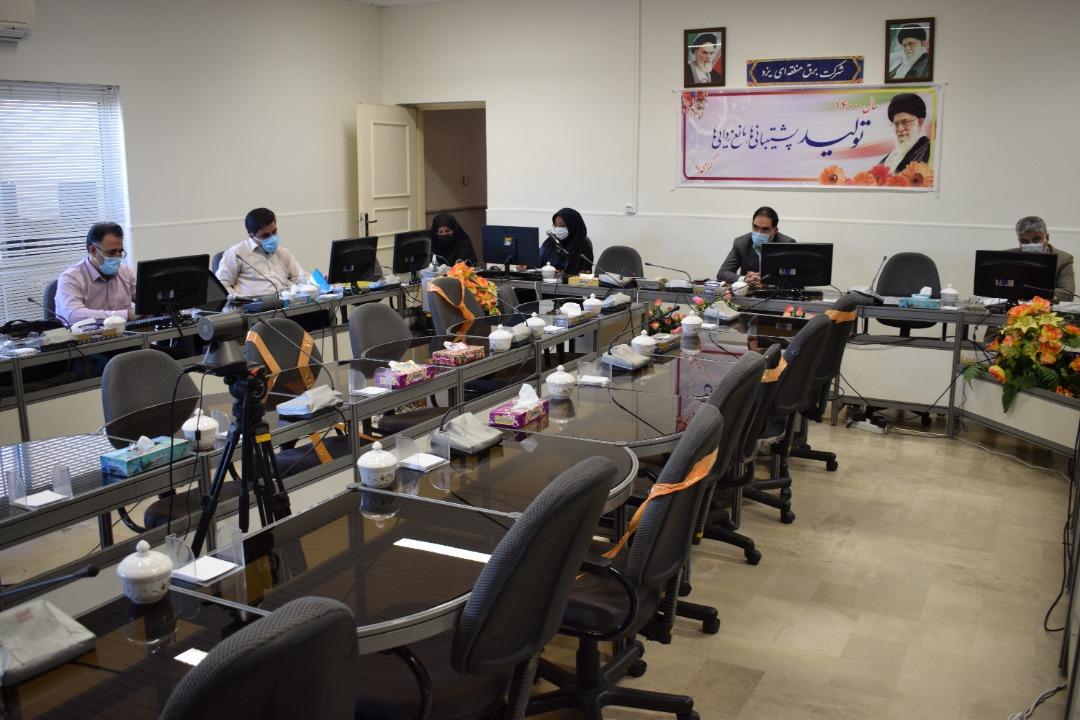 همکاری و هماهنگی صنعت برق برای مدیریت روزهای باقیمانده پیک تابستان ۱۴۰۰